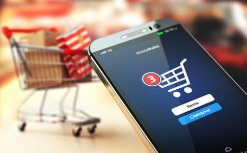 Cumparaturi facute de pe telefonul mobil