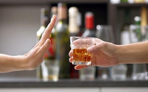 Etapele alcoolismului si tratarea acestora